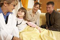 La Seguridad Social pagará una prestación a padres trabajadores para el cuidado de menores con cáncer o enfermedades graves