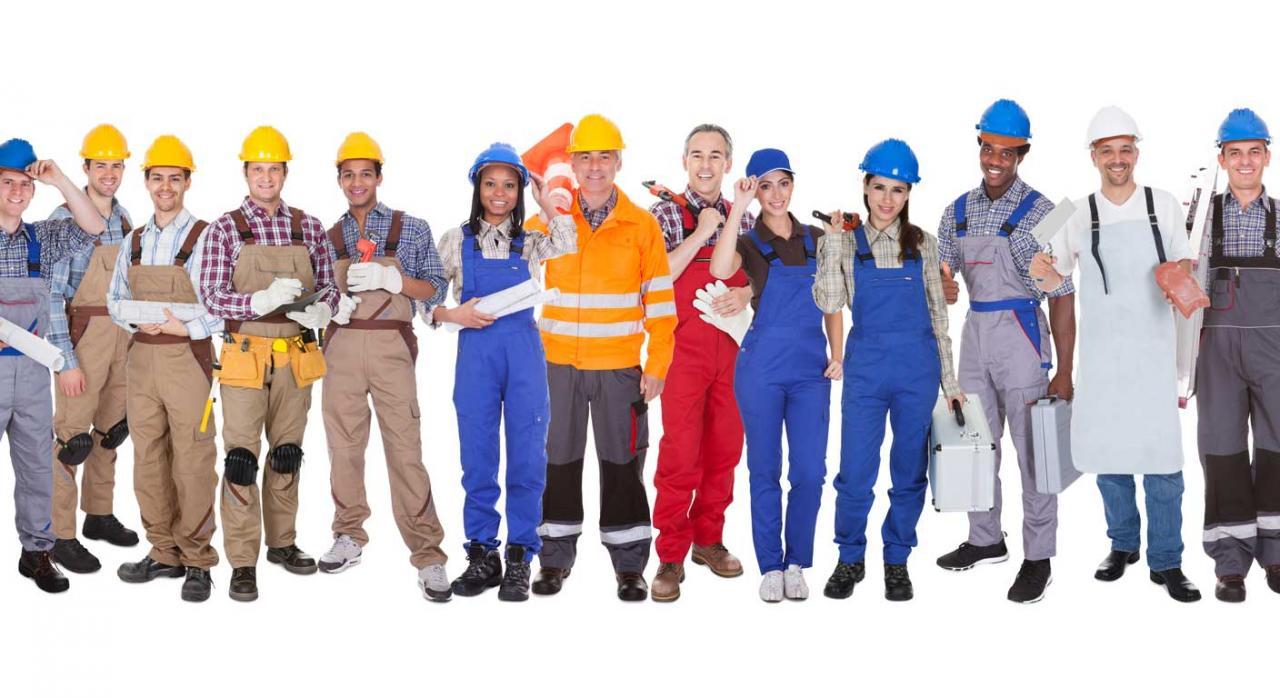 Grupo de trabajadores de la construcción. Abosorción y compensación