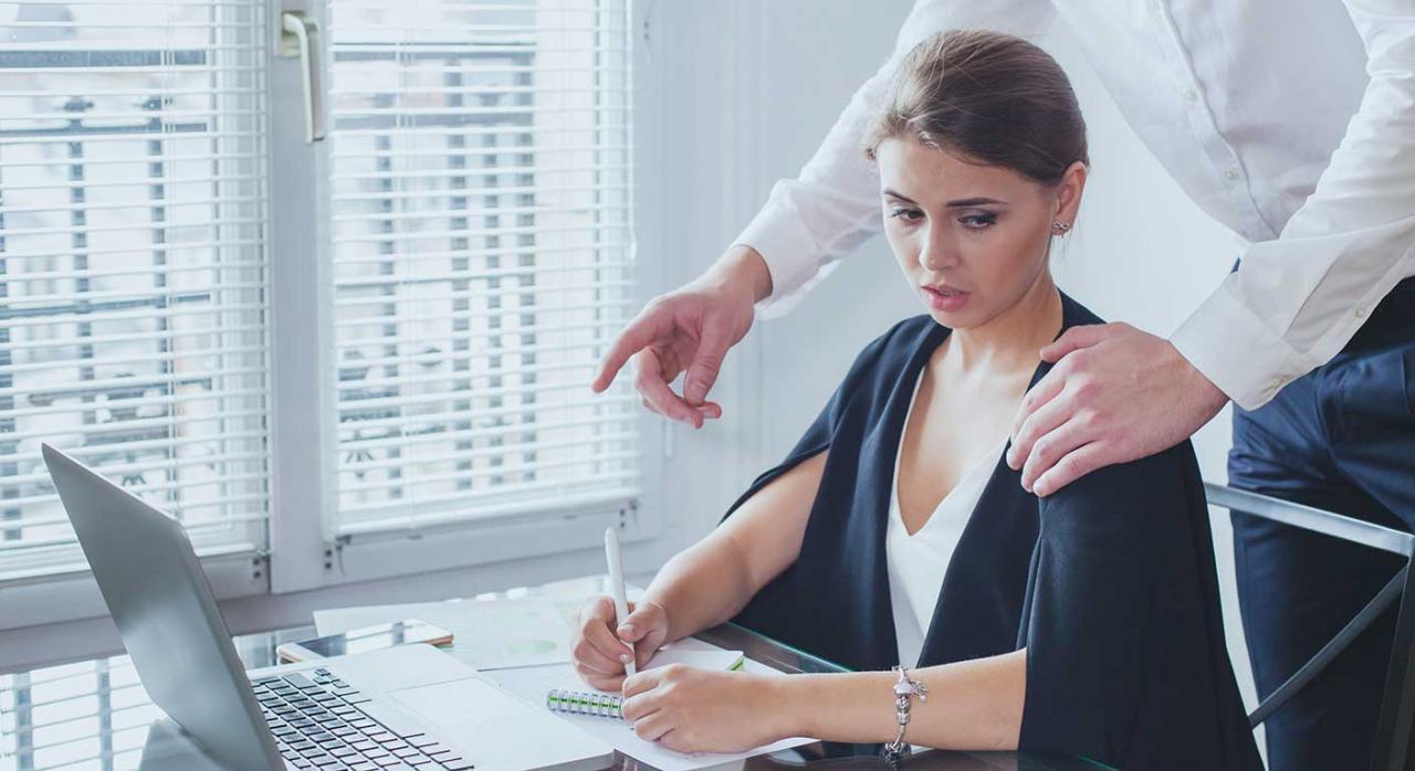 Criterio ITSS acoso. Imagen de acoso sexual en el trabajo