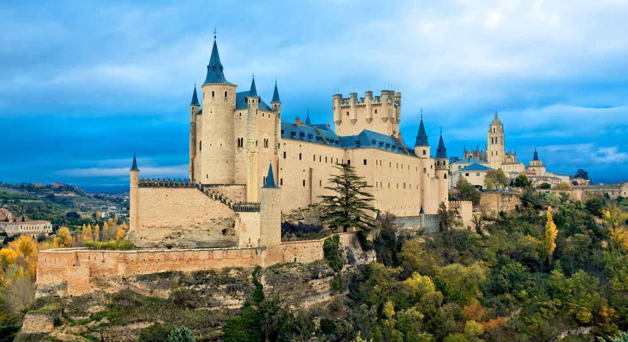 Castillo de alcázar de Segovia, España. Selección de jurisprudencia (del 16 al 30 de abril de 2020)