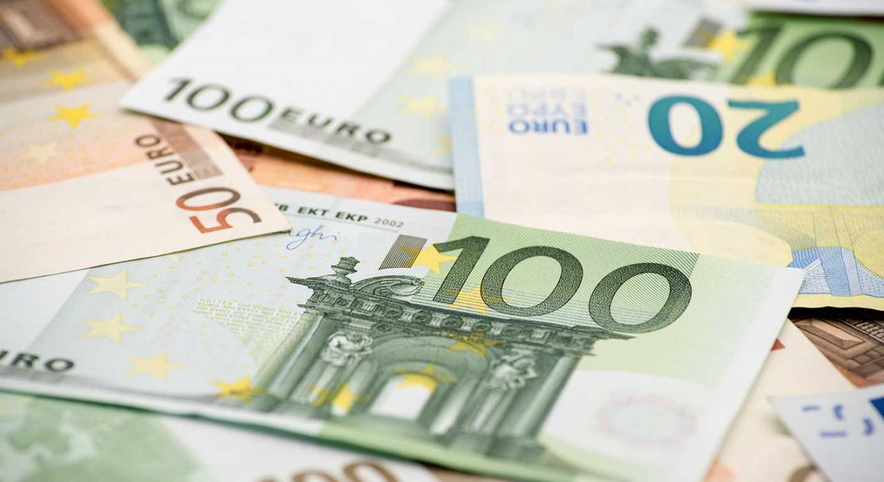 Concurso de acreedores; contratas; créditos concursales. Imagen de billetes de euros