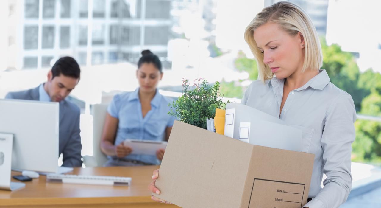 No se pierde la condición de trabajador desplazado por el cese temporal en la condición de administrador o un paso breve por el desempleo