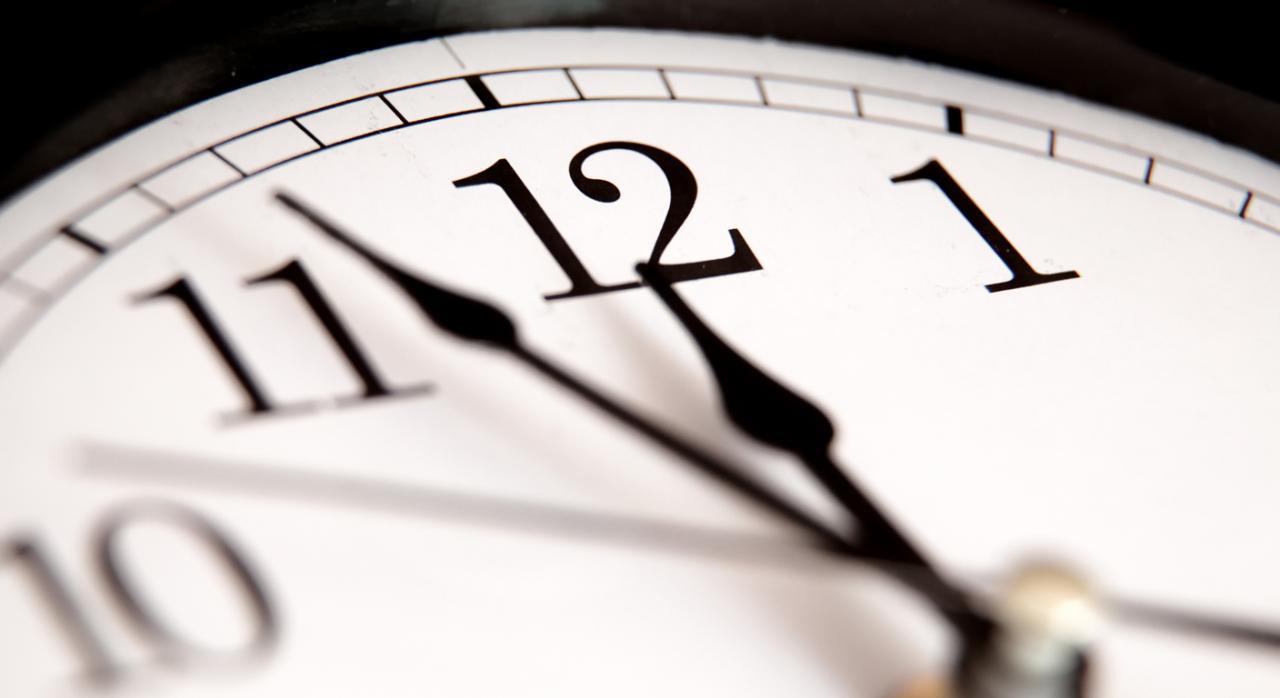 El Pleno da el primer paso para regular el control de horarios en el ET para evitar abusos