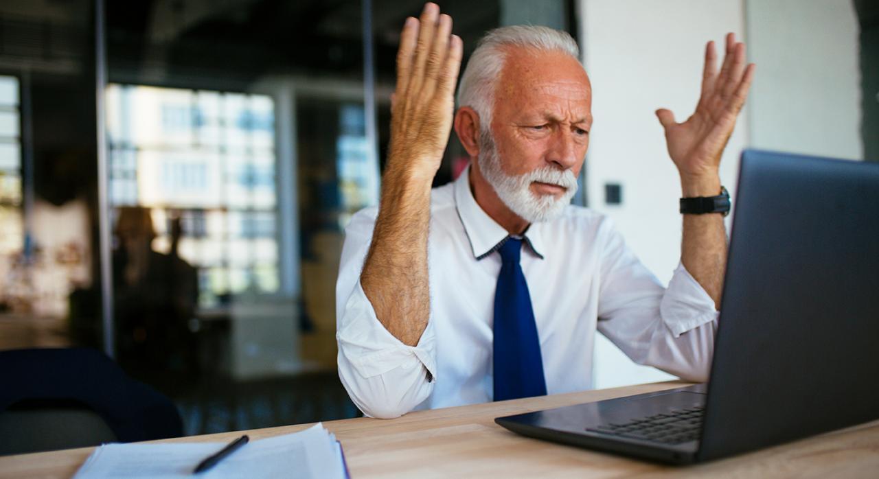 Jubilación flexible; RETA. Imagen de una empresario enojado