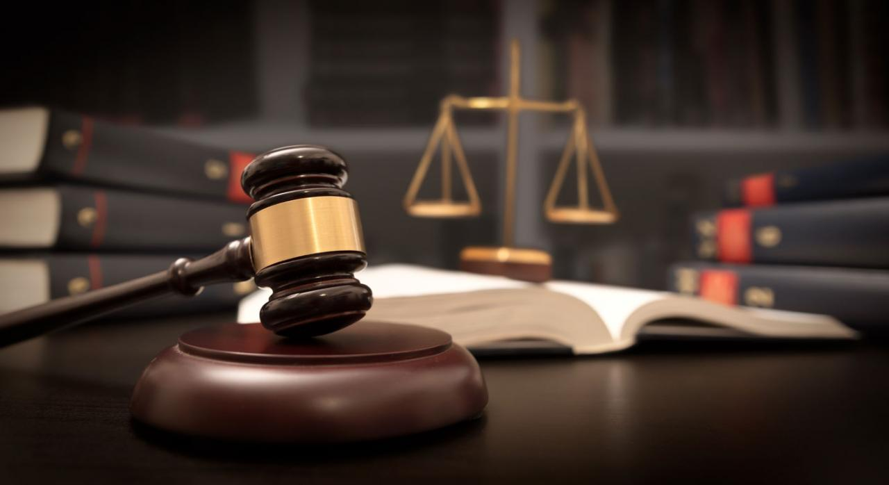Selección de jurisprudencia (del 16 de julio al 31 de agosto de 2021). Imagen de una maza de juez