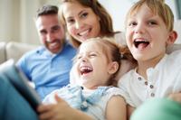 Proposición de Ley relativa al cuidado y atención de menores (permisos y prestaciones)
