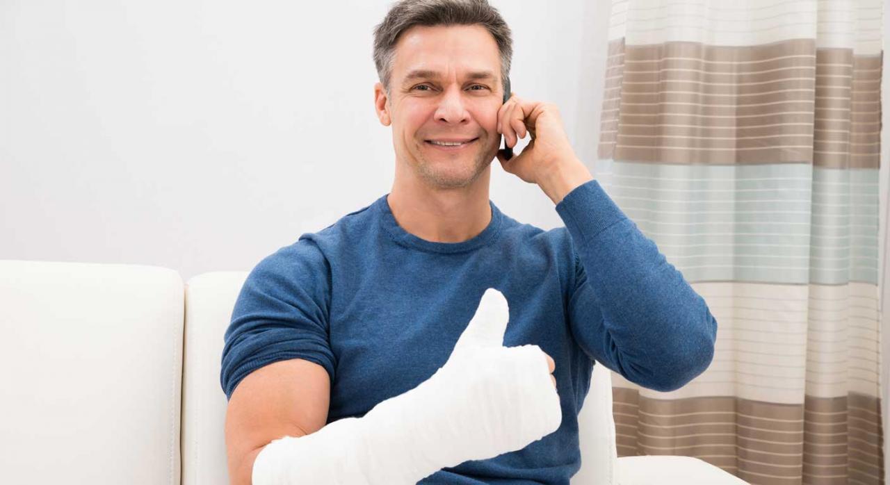TSJ. La lesión padecida por un médico mientras asistía a un congreso de su especialidad es accidente de trabajo en misión