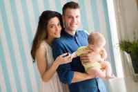 El permiso por paternidad duplica su duración a partir de hoy