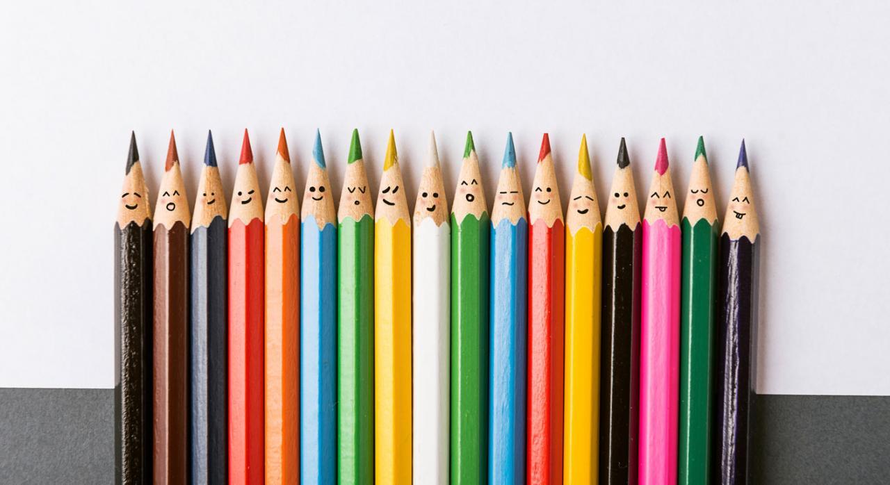 Plan de igualdad. Imagen de lápices de color