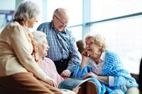 Dolors Montserrat se compromete a promover políticas en favor de las personas mayores