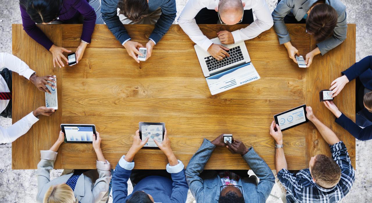 El uso de las redes sociales en el trabajo: 7 cosas que te interesa conocer