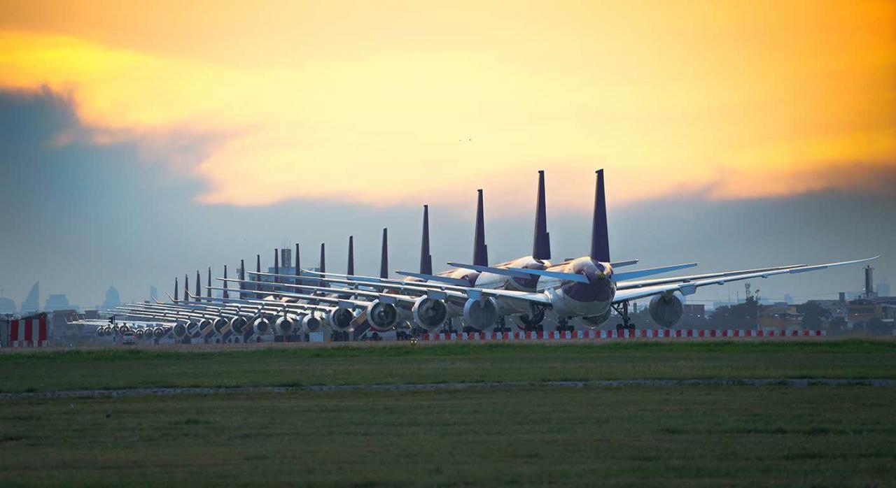 restricciones; vuelos; buques; España; Reino Unido; Brasil; Sudáfrica