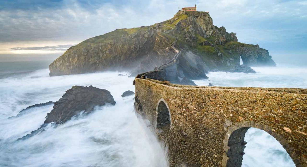 San Juan de Gaztelugatxe en el País Vasco. Normativa relevante en la primera quincena de mayo 2020