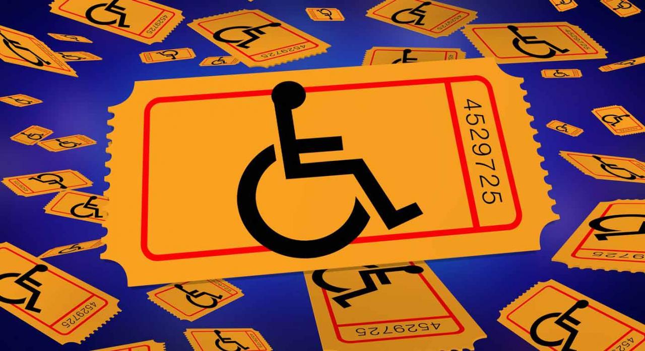 Vendedor de cupones de una lotería declarada ilegal. Imagen de silla para persona discapacitada