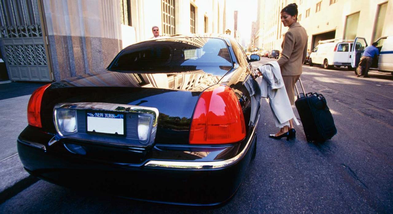 El servicio de puesta en contacto con conductores no profesionales prestado por Uber está comprendido en los servicios en el ámbito de los transportes